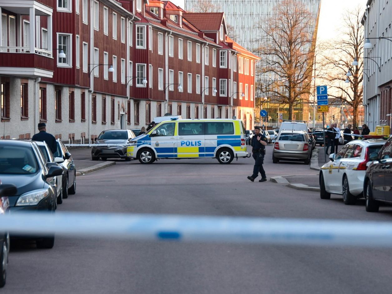 33-åringen sköts ihjäl på öppen gata i Gamelstaden i Göteborg.