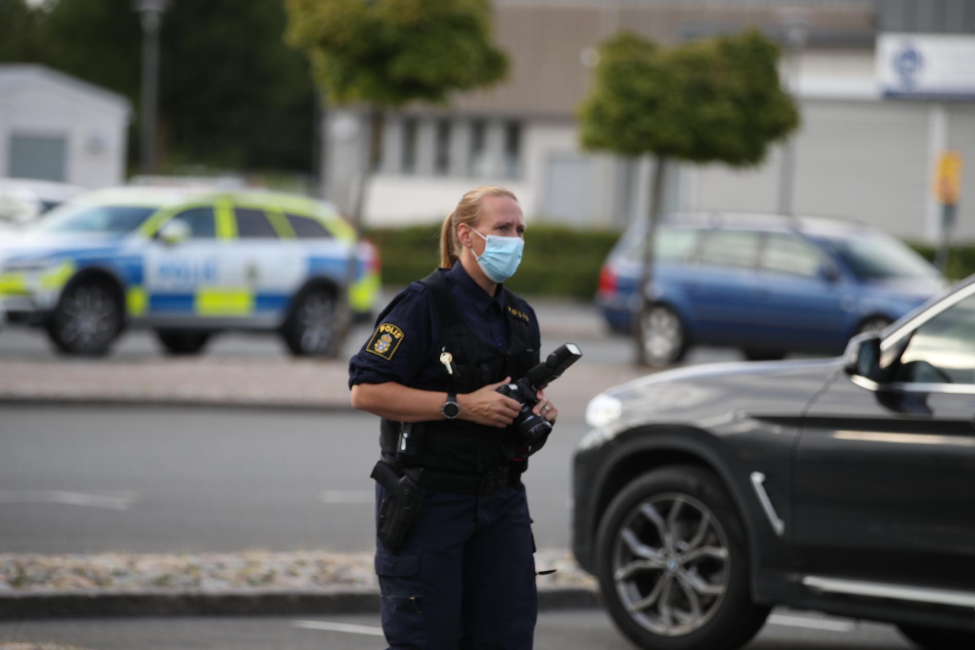 De tre tonåringar som suttit anhållna misstänkt för skjutningen i Kristianstad har släppts på fri fot.