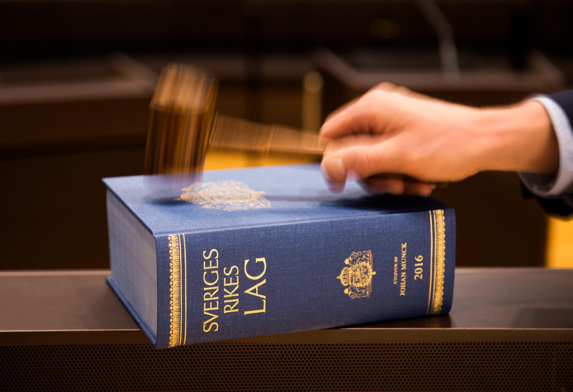 Fyra personer har dömts för människorov i Hudiksvalls tingsrätt. Arkivbild.