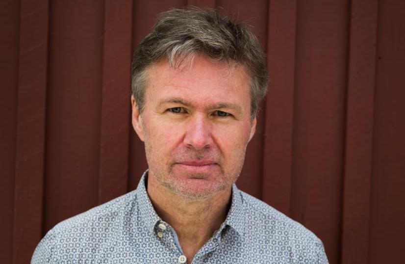 """""""Viruset kommer finnas kvar under lång tid framöver"""", säger smittskyddsläkaren Stephan Stenmark."""