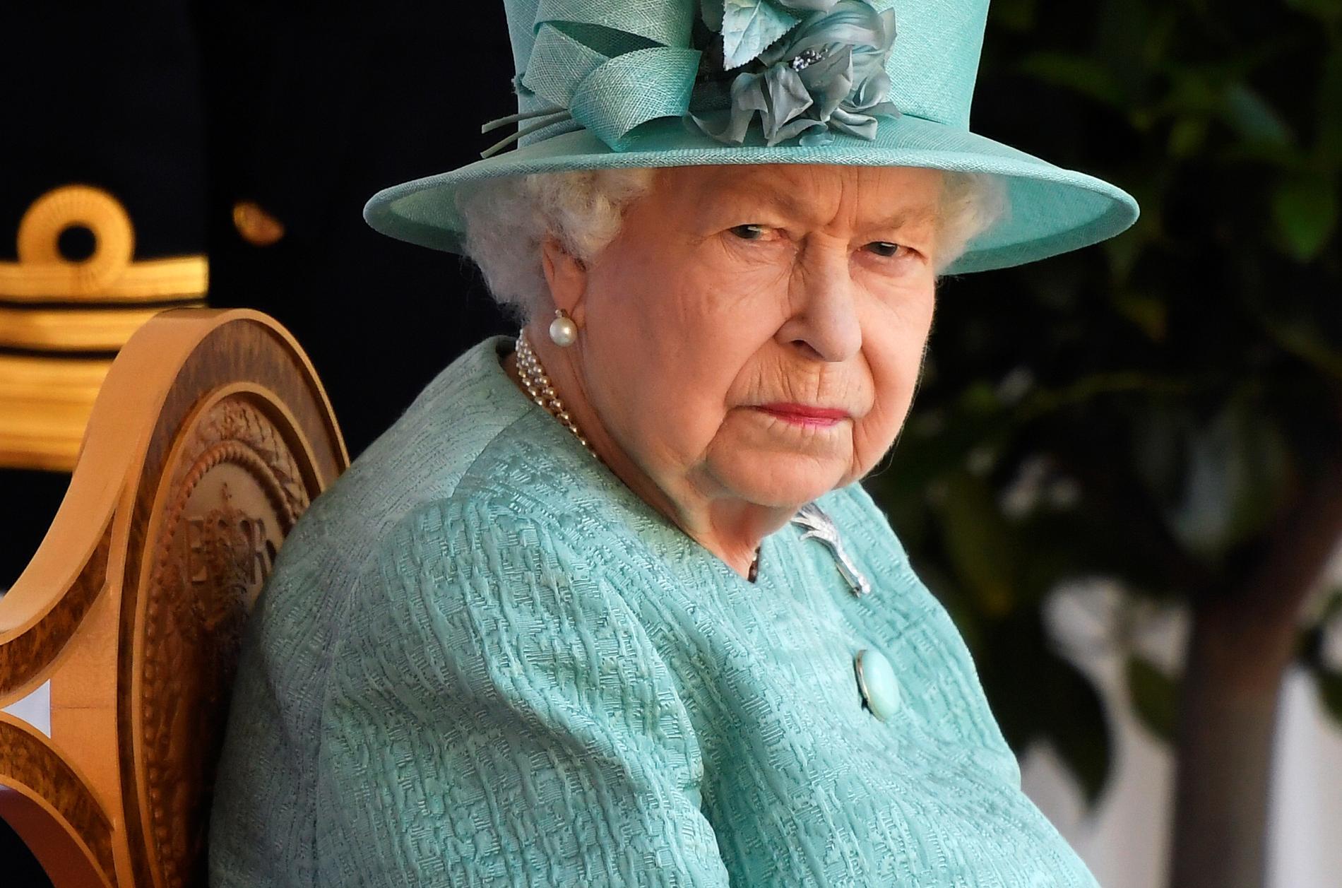 Drottning Elizabeth stoppade planerna.