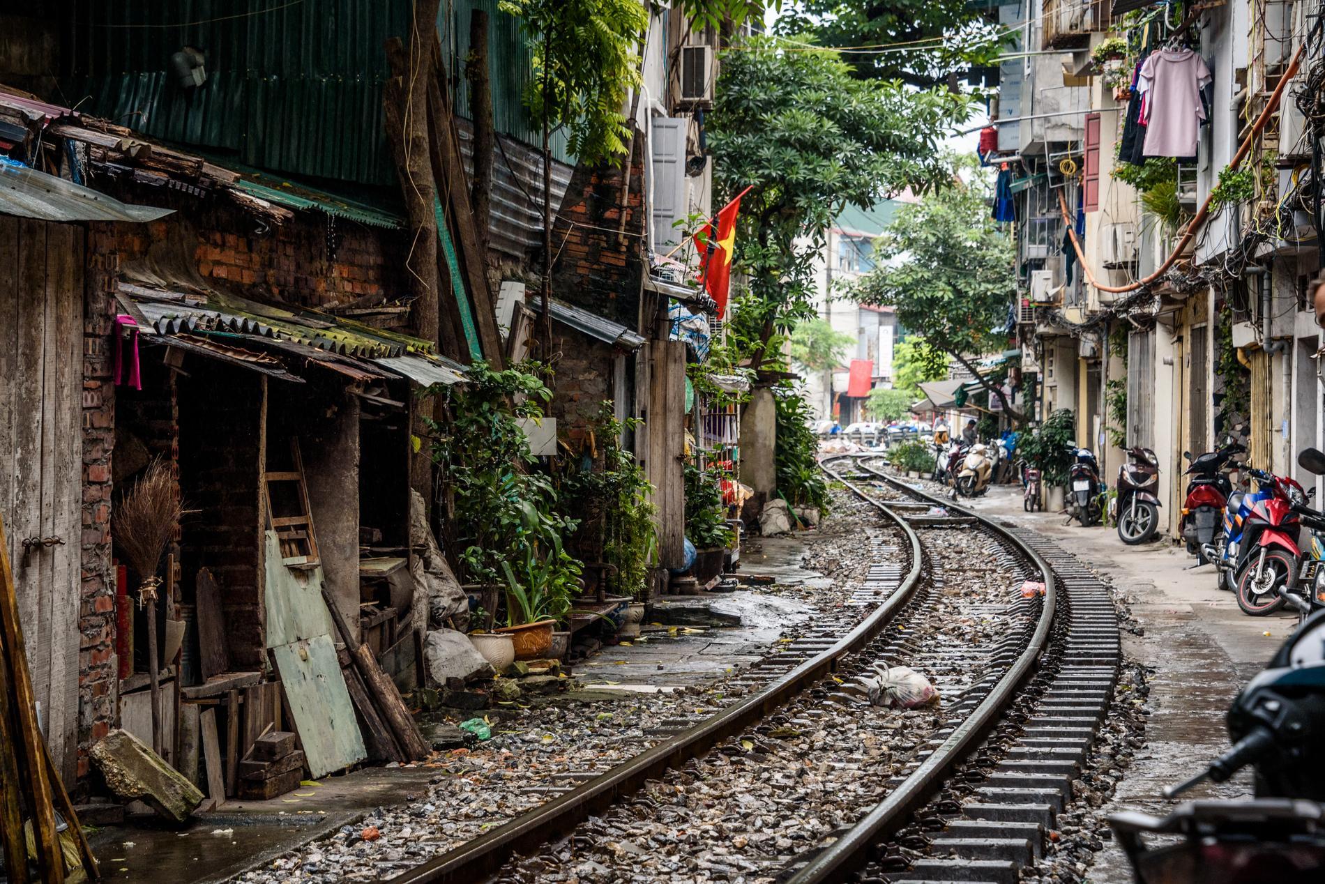 På den här gatan riskerar människor livet för den bästa bilden.