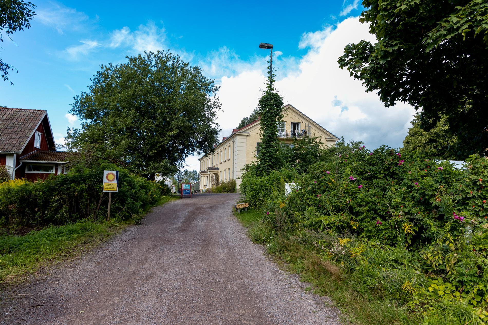 Smittspridningen tog rejäl fart på en tantrafestival på kursgården Ängsbacka i Molkom.