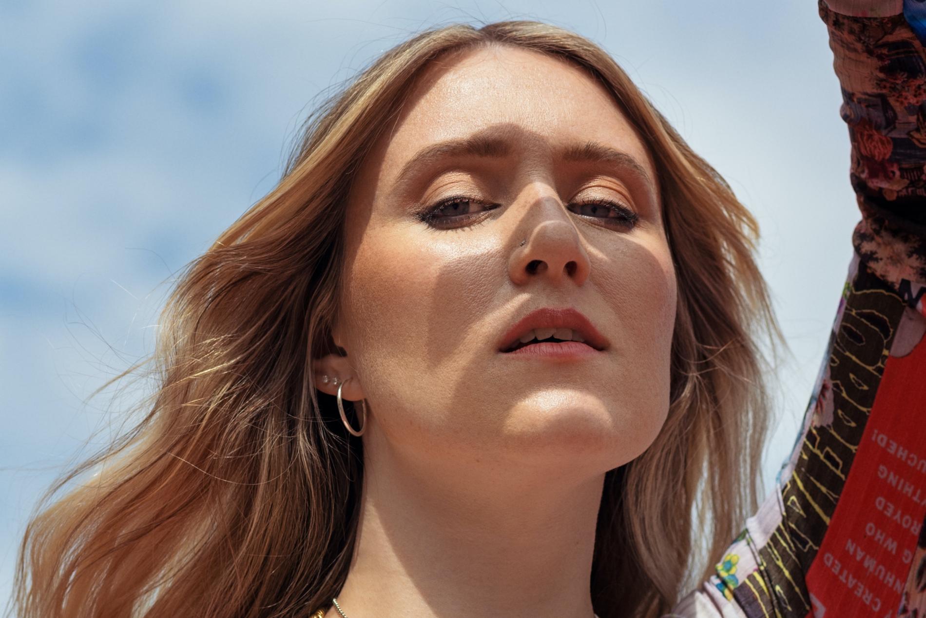 Myra Granbergs debutalbum är ojämnt men gripande i stunder.