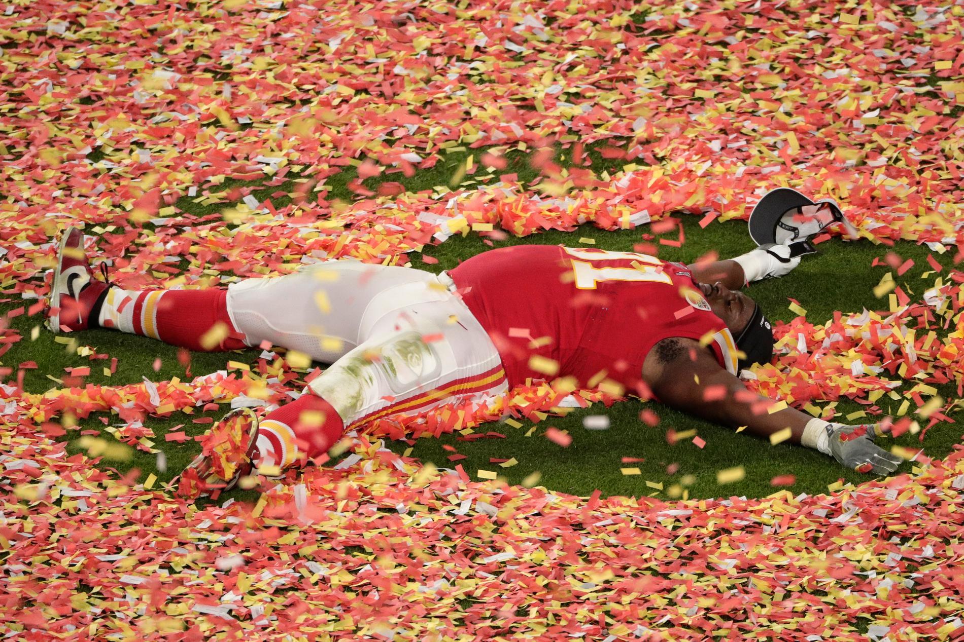 Kansas City Chiefs  Derrick Nnadi firar efter segern