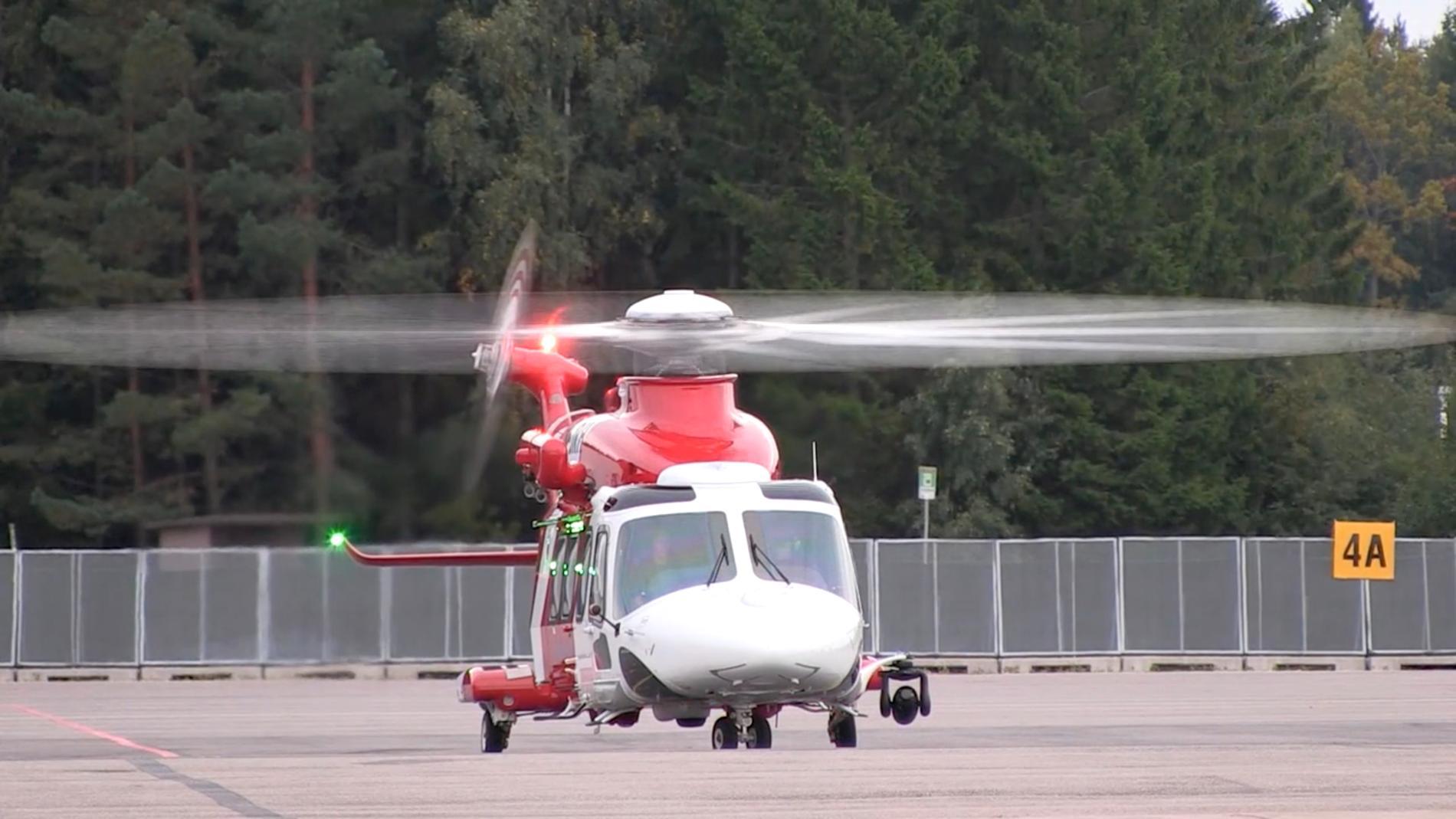 Sjöfartsverkets helikopter av modellen AgustaWestland AW139.