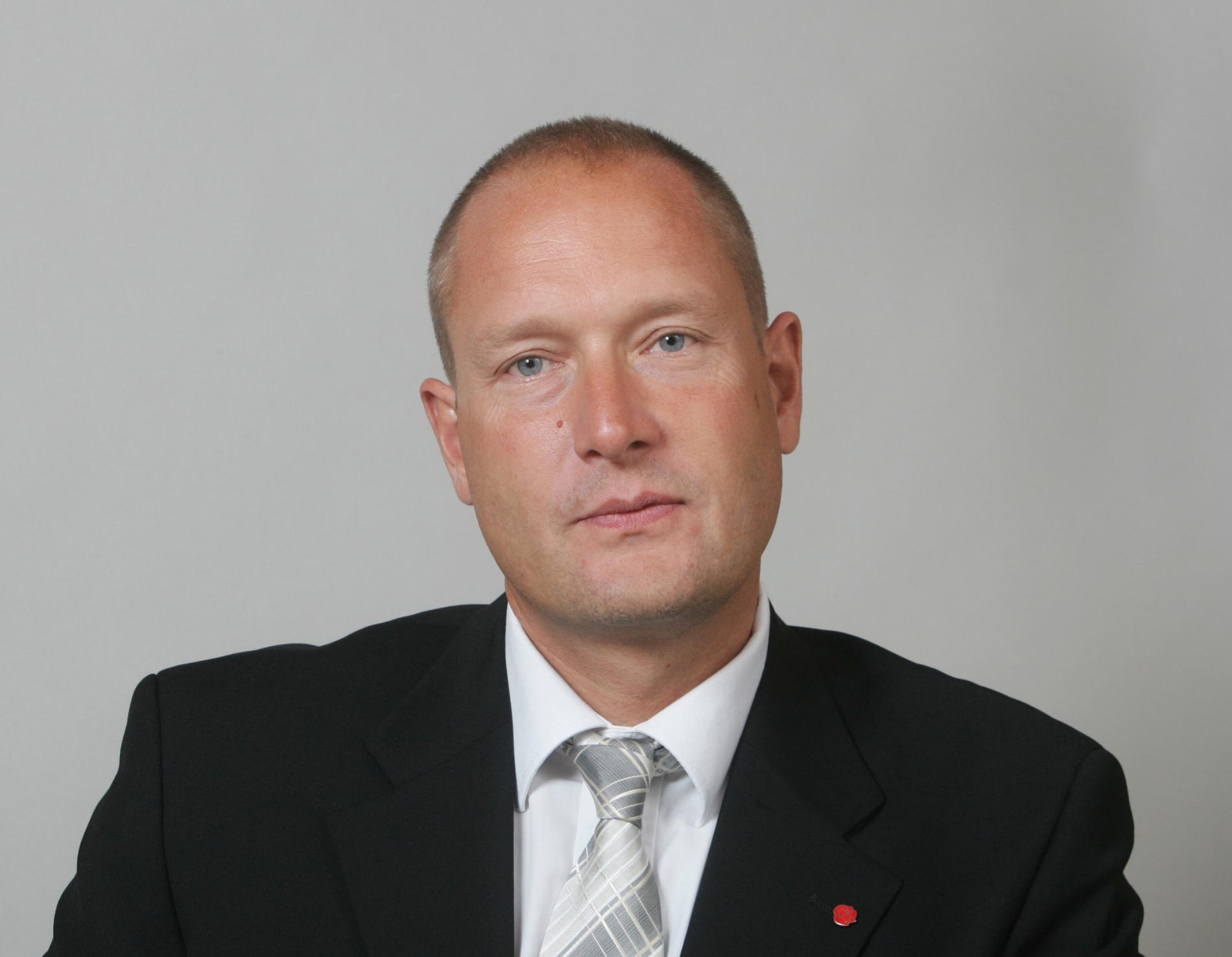 Hans Hoff (S).