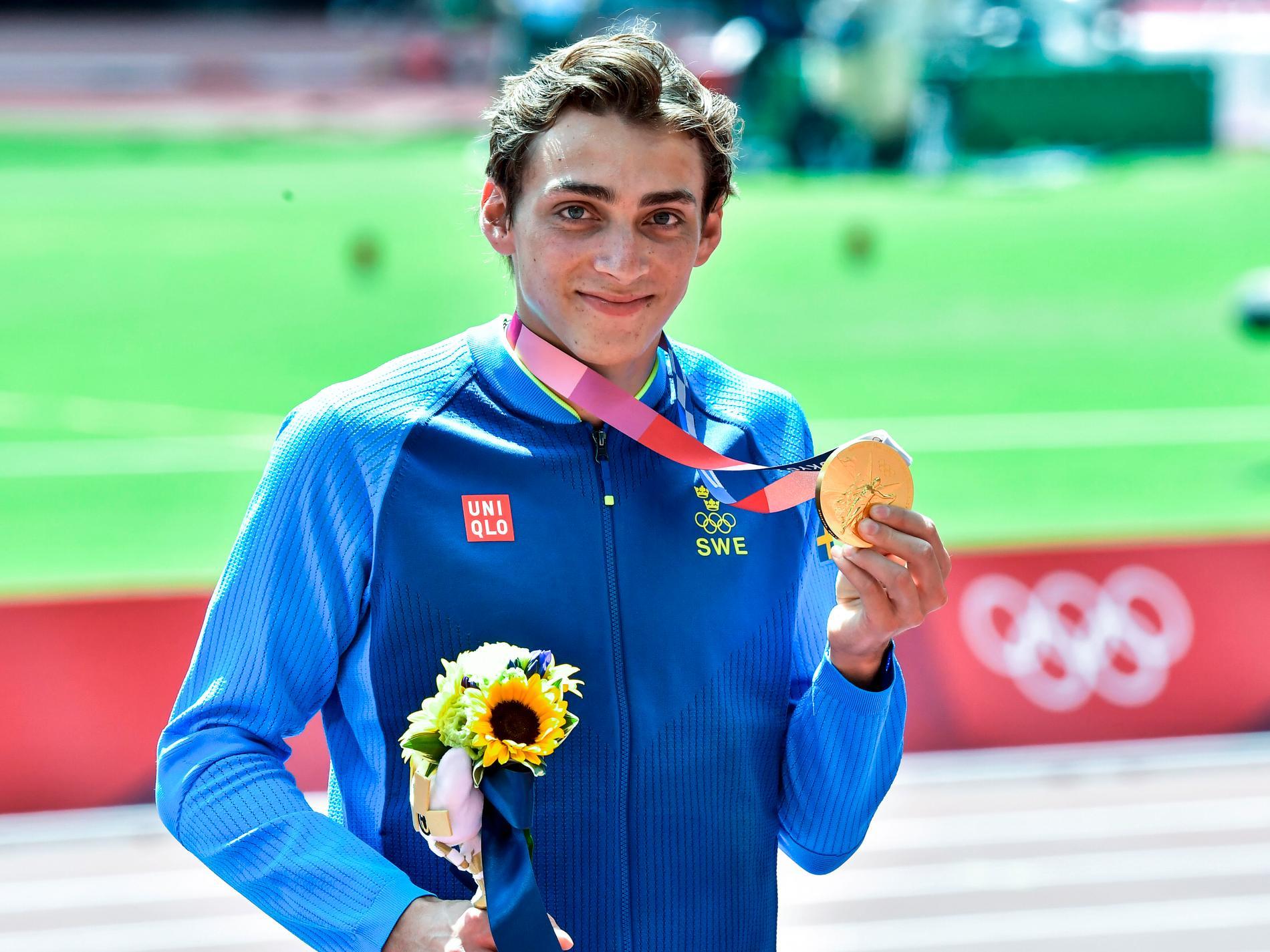 Duplantis fick sin medalj i ceremonin under natten mot onsdagen.