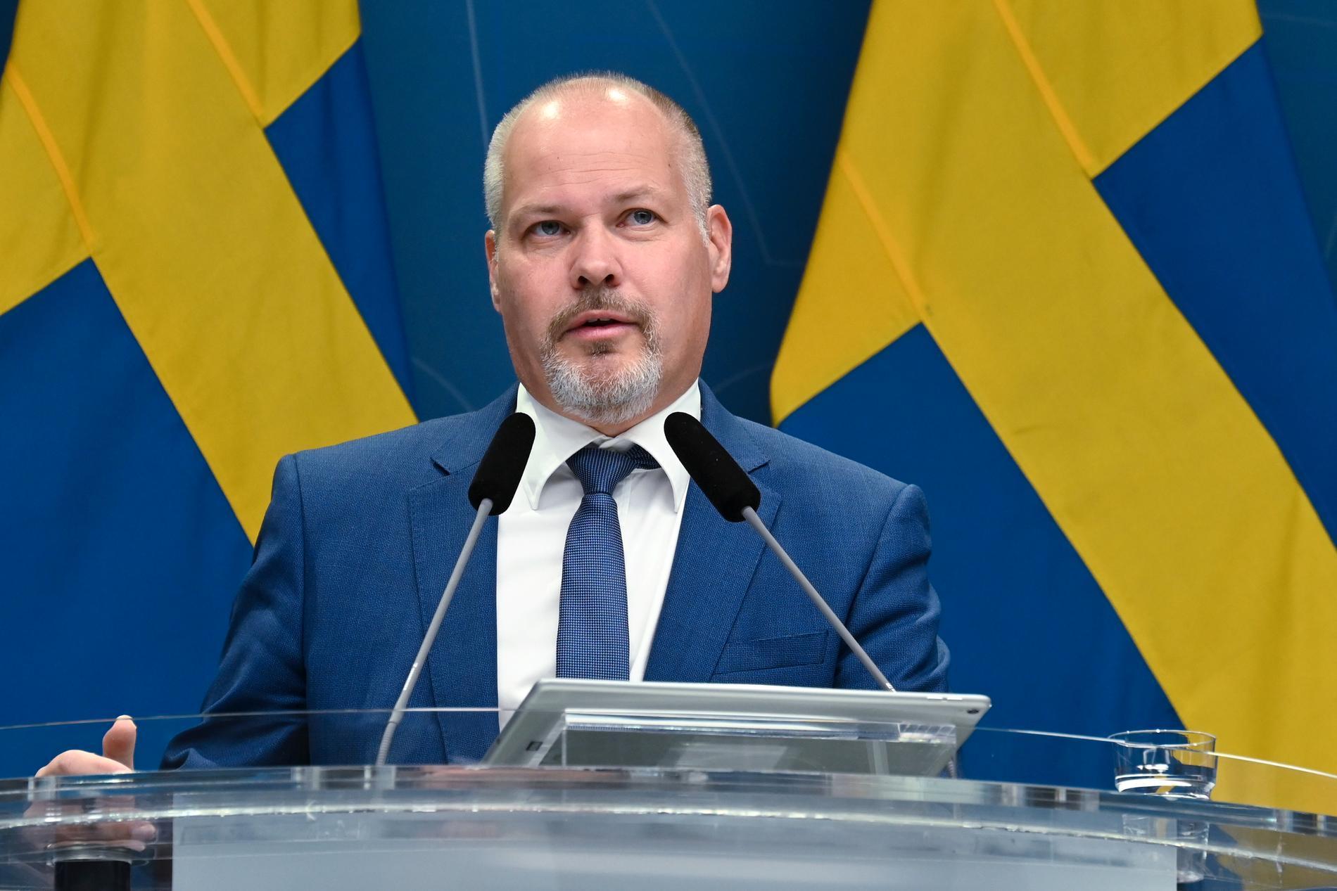 Justitieminister Morgan Johansson på pressträffen.