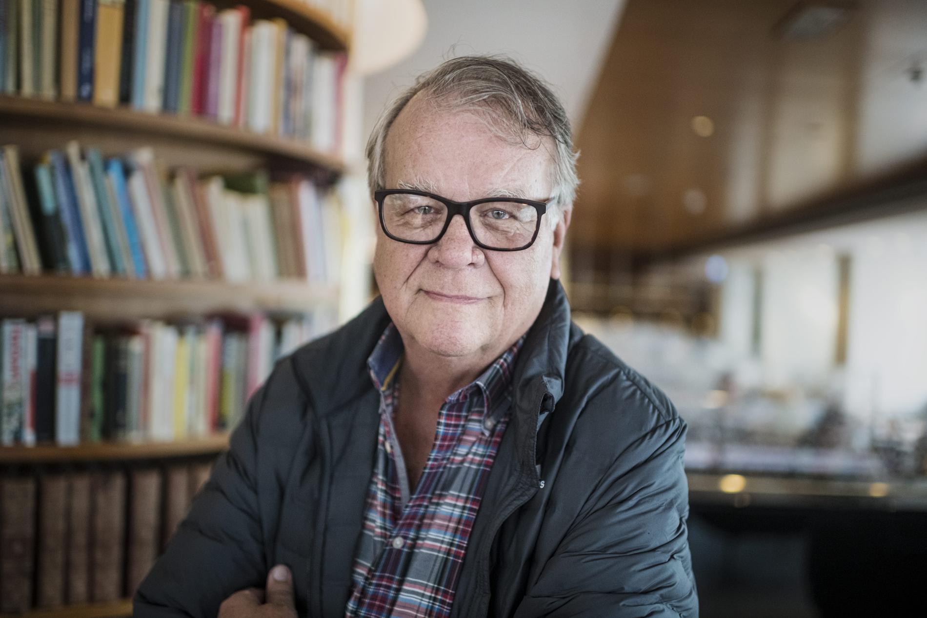 Lasse Berghagen (född 1945) håller ställningarna som en av Sveriges största kändisar.
