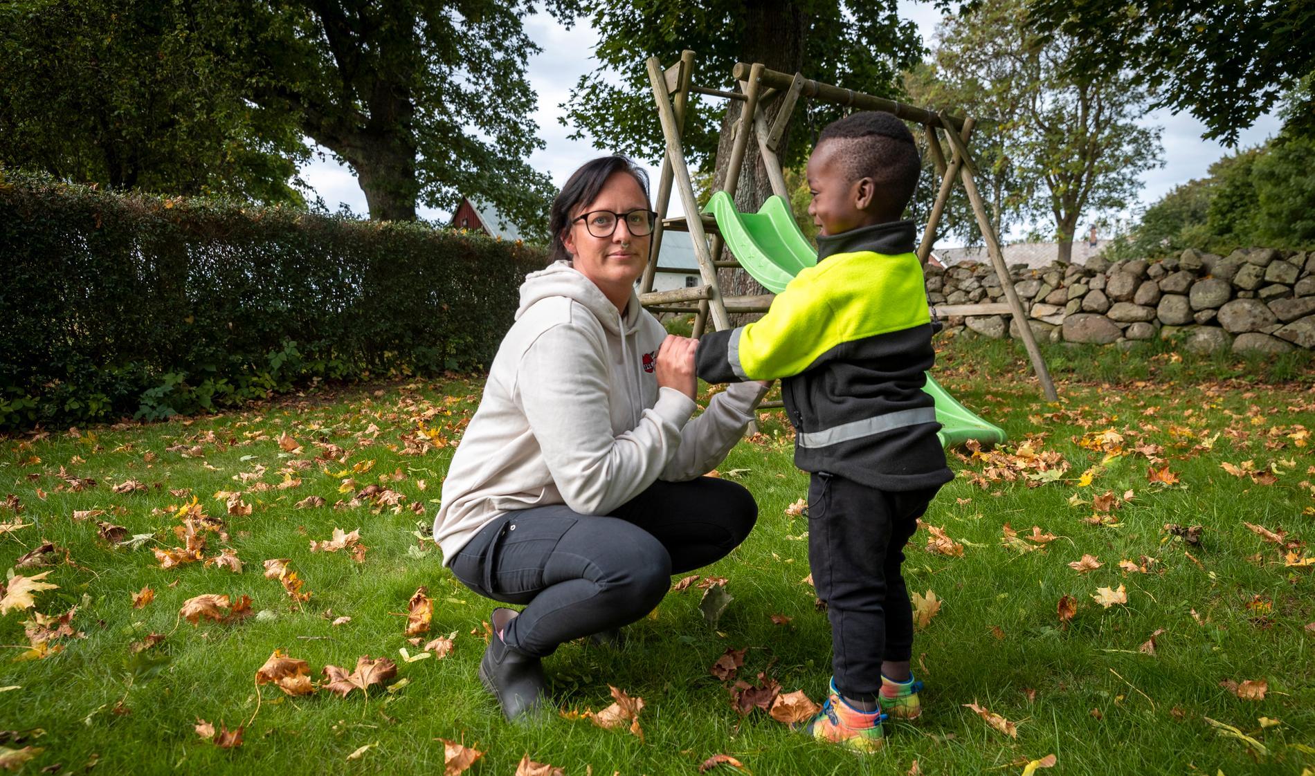 Sandra Persson kämpar för att sonen Tim, 3 år, inte ska utvisas till Nigeria.