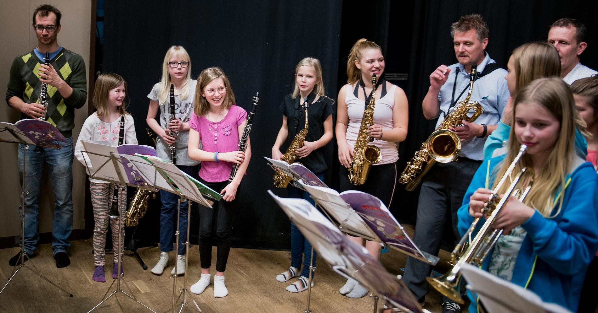 M och KD vill dra på Kulturskolan med 200 miljoner kronor i sin nya budget.