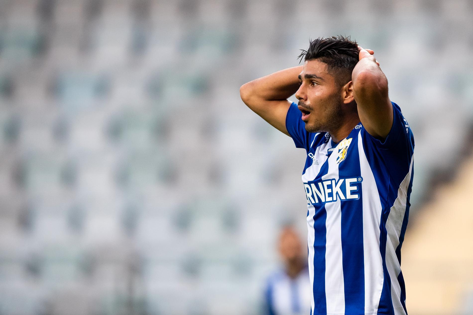 Hosam Aiesh är snabbast i allsvenskan – men för tillfället bänkad i verklighetens IFK Göteborg ...