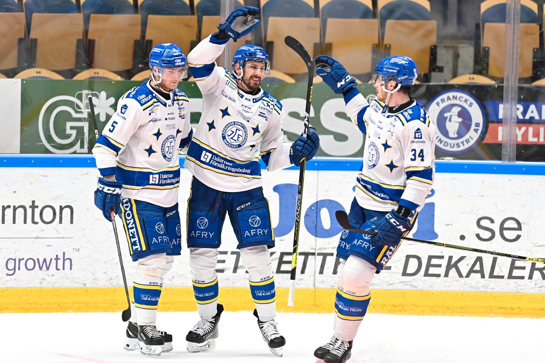 Marek Hrivik, i mitten, utsågs i veckan till SHL:s bäste spelare och fick Guldhjälmen. Blir det guldskimmer över Leksand i SM-slutspelet? Arkivbild.