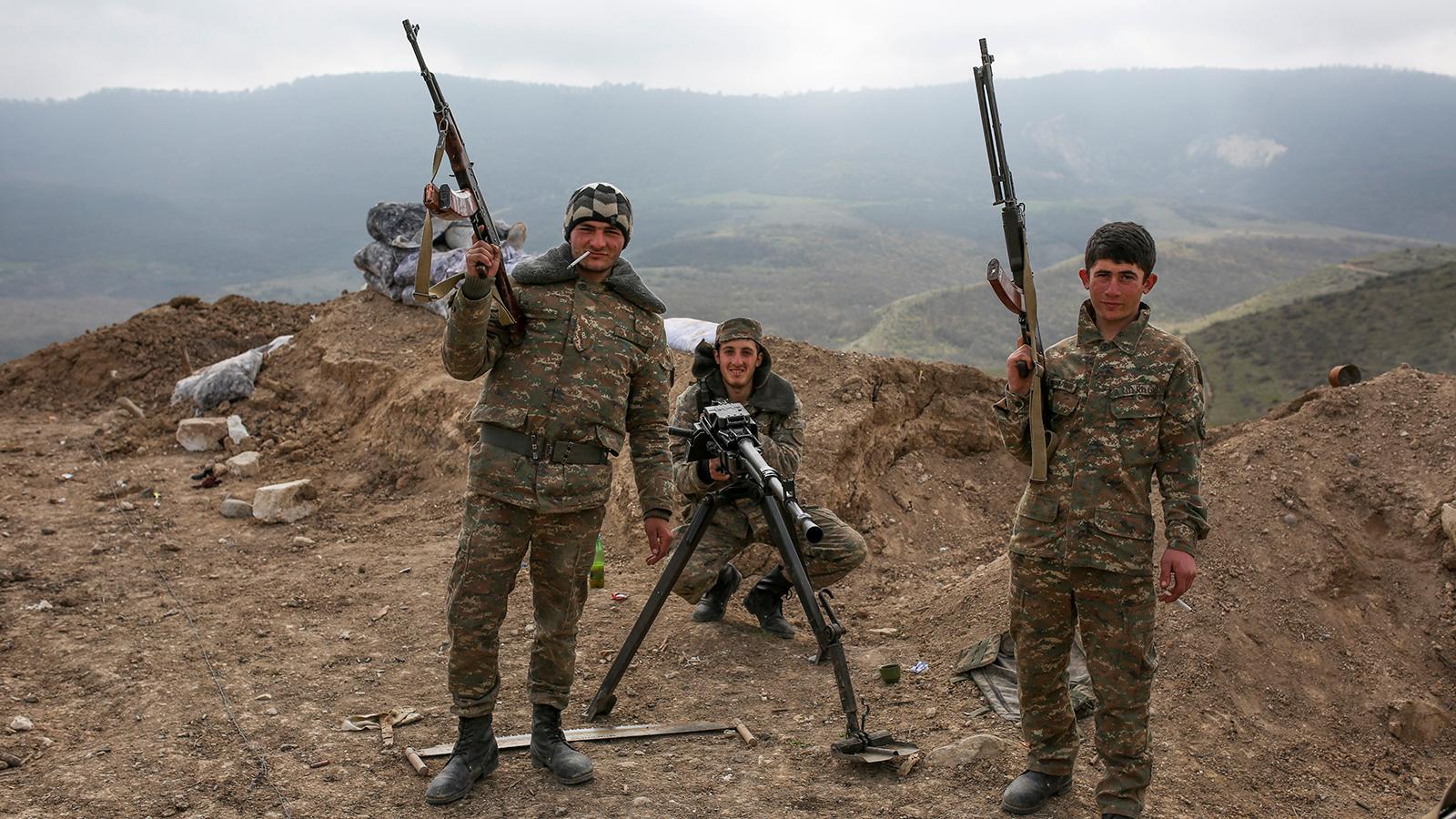 Armeniska soldater i Nagorno-Karabach.
