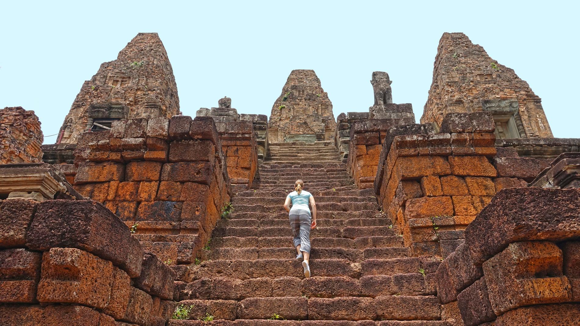 Ruinstaden Angkor slits av antalet besökare.