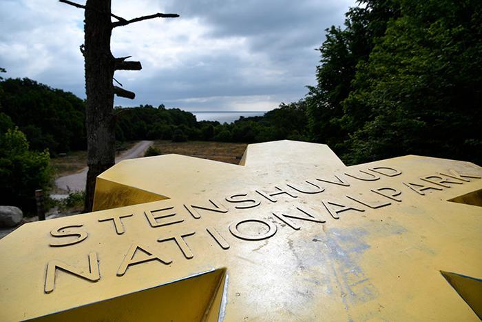 Naturreservat och nationalparker har ofta specialregler.