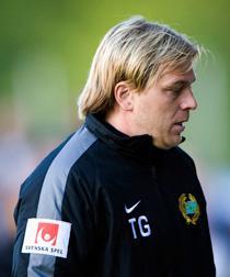 Tony Gustavssons Hammarby ligger näst sist i allsvenskan – och i går åkte laget ur Svenska cupen.