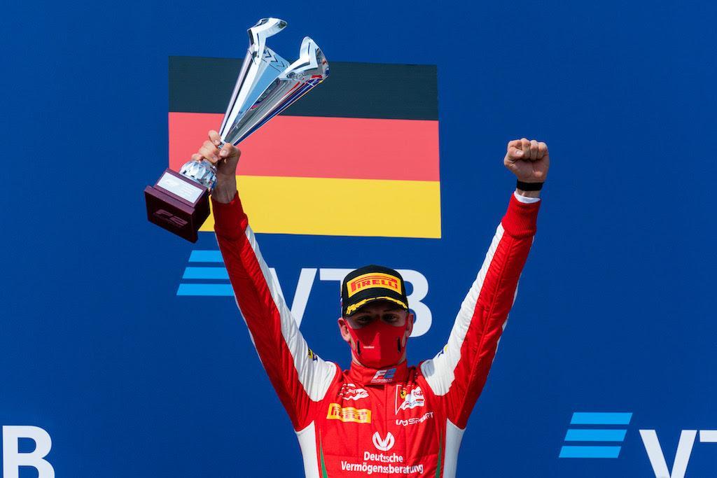 Mick Schumacher vann i Ryssland och leder Formel 2.