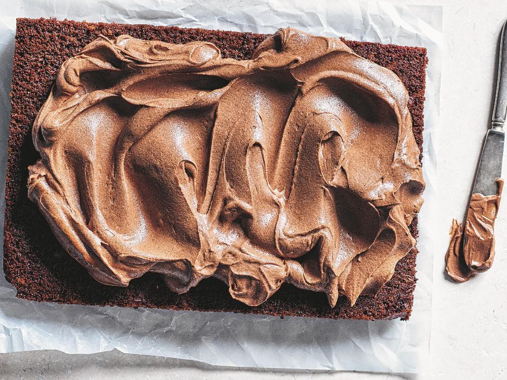 Saftig chokladkaka med frosting