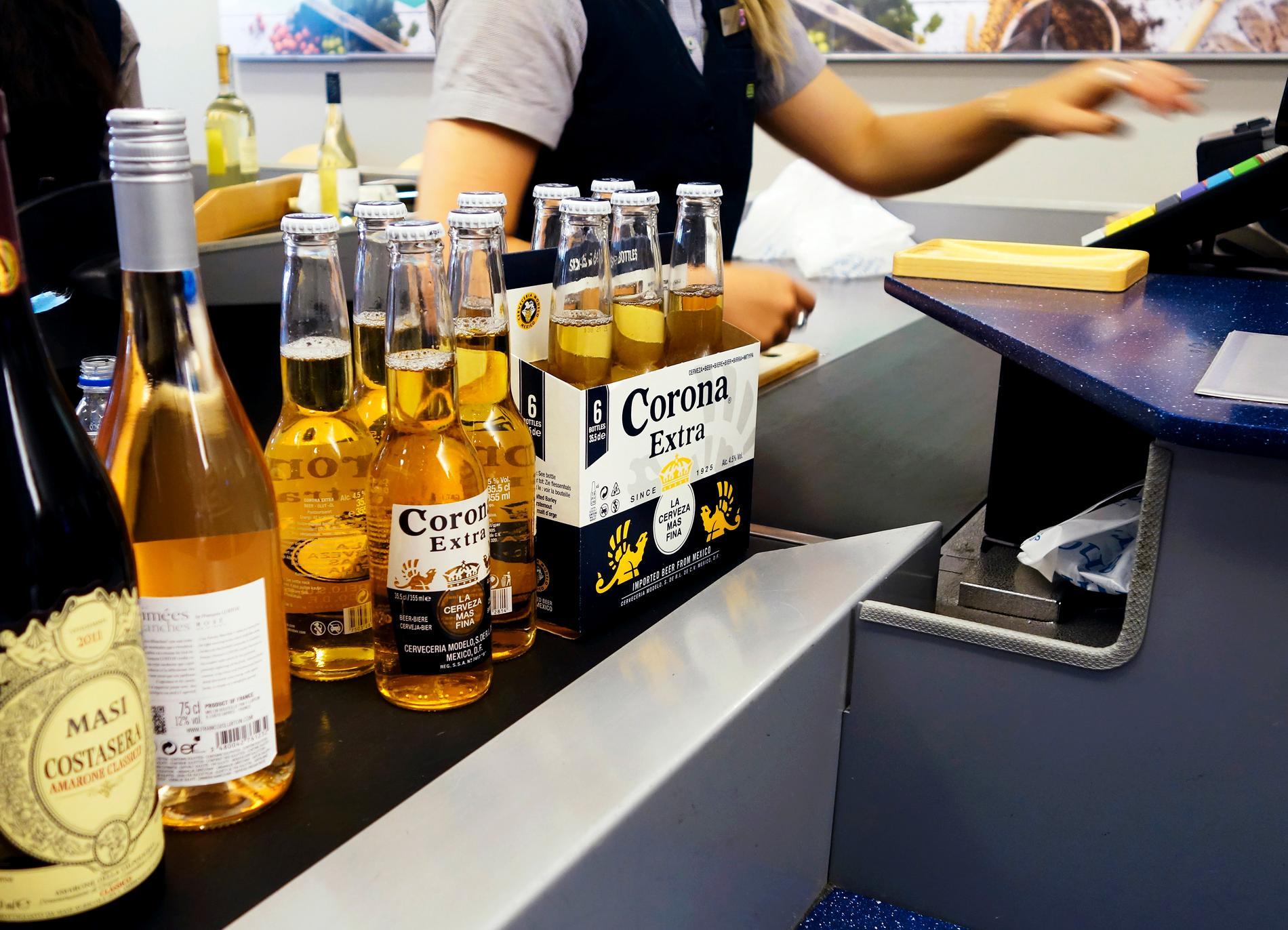Färre restaurangbesök och exklusiva drycker gav Systembolaget ett starkt resultat.