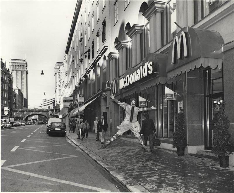 Sveriges första McDonalds, på Kungsgatan 4 i Stockholm, bommar igen.