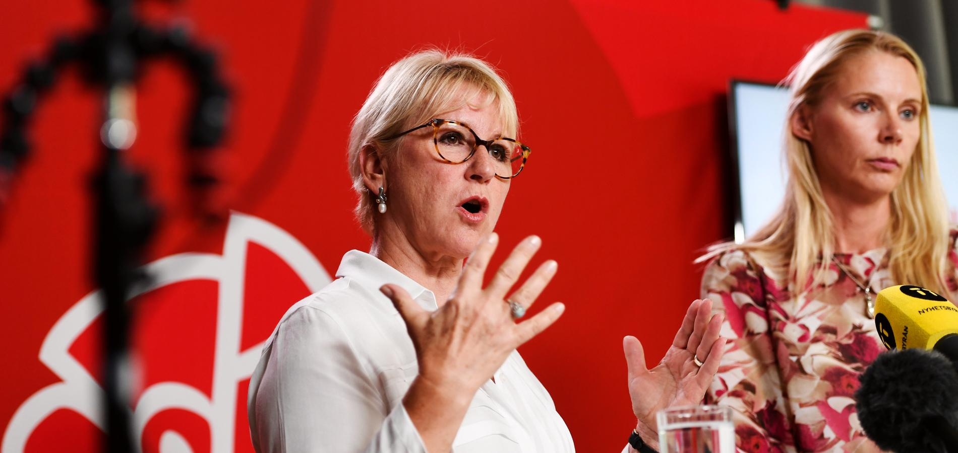 Margot Wallström och Åsa Westlund presenterade Socialdemokraternas miljöpolitik i valet under en pressträff på måndagen.