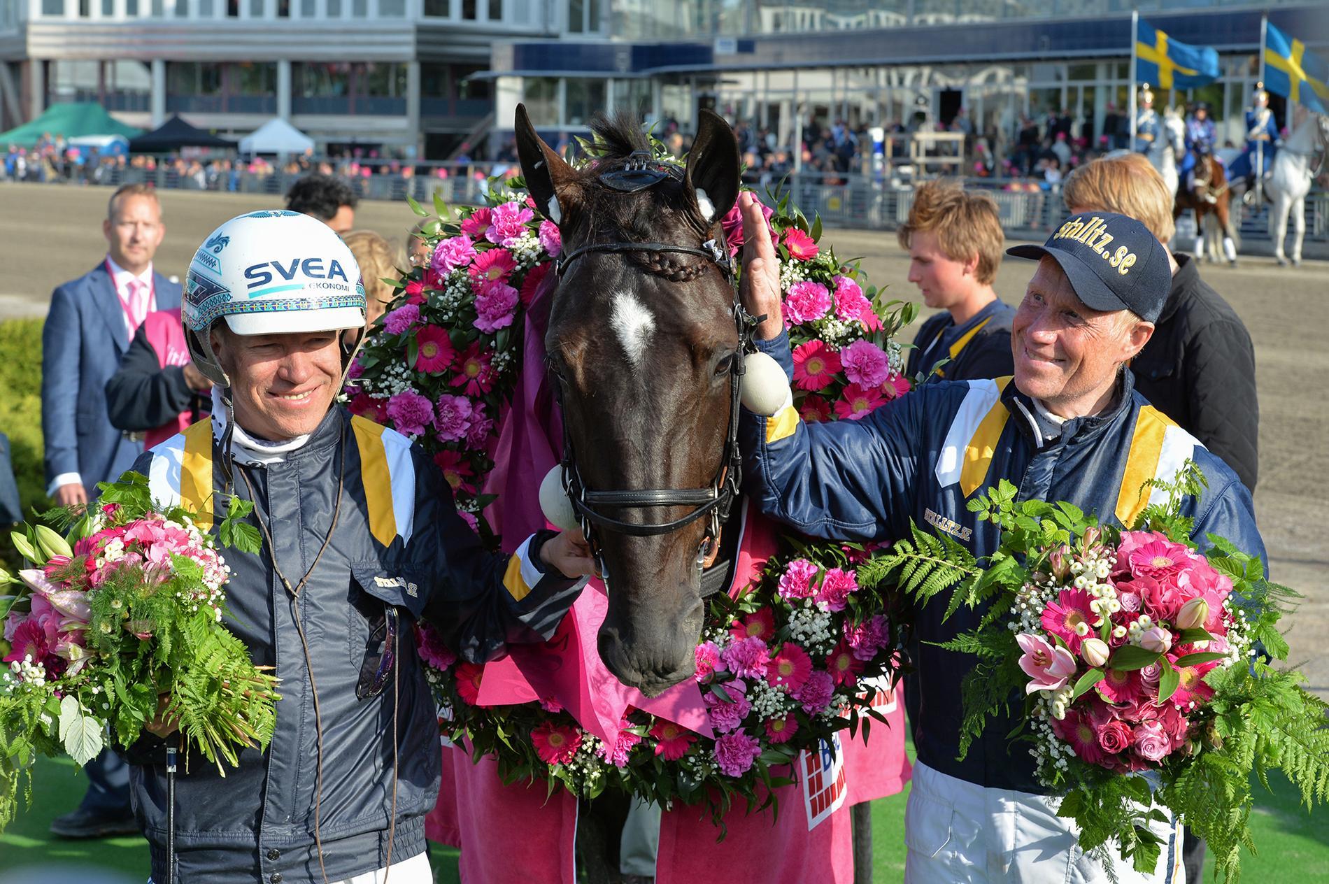 Örjan Kihlström, Nuncio och Stefan Melander efter segern i Elitloppet 2016.