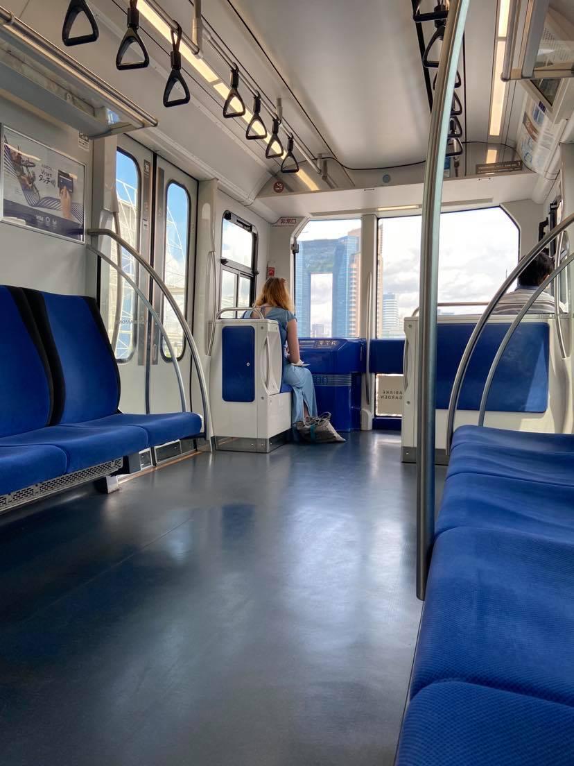 Yurikamome-linjen invigdes 1995 och är Tokyos första helautomatiserade och förarlösa tåglinje.