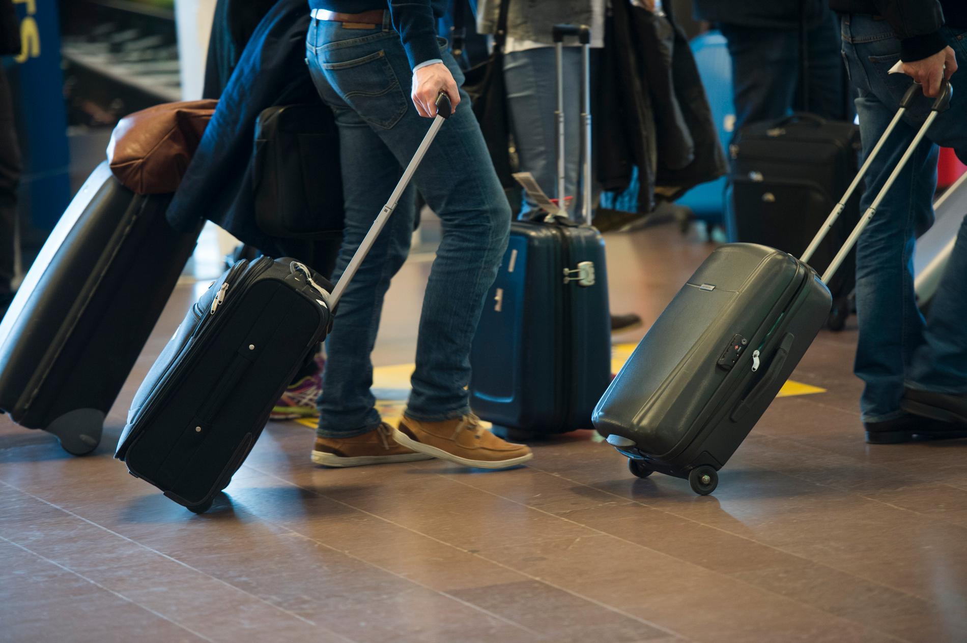 Franska forskare kastar ljus på problemet med ostadiga rullväskor som gäckar stressade resenärer världen över.