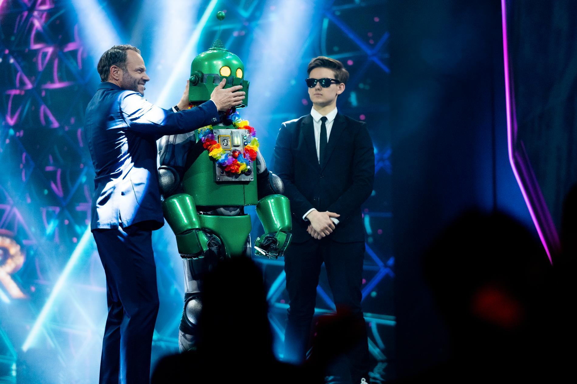 "Roboten fick lämna ""Masked singer"""