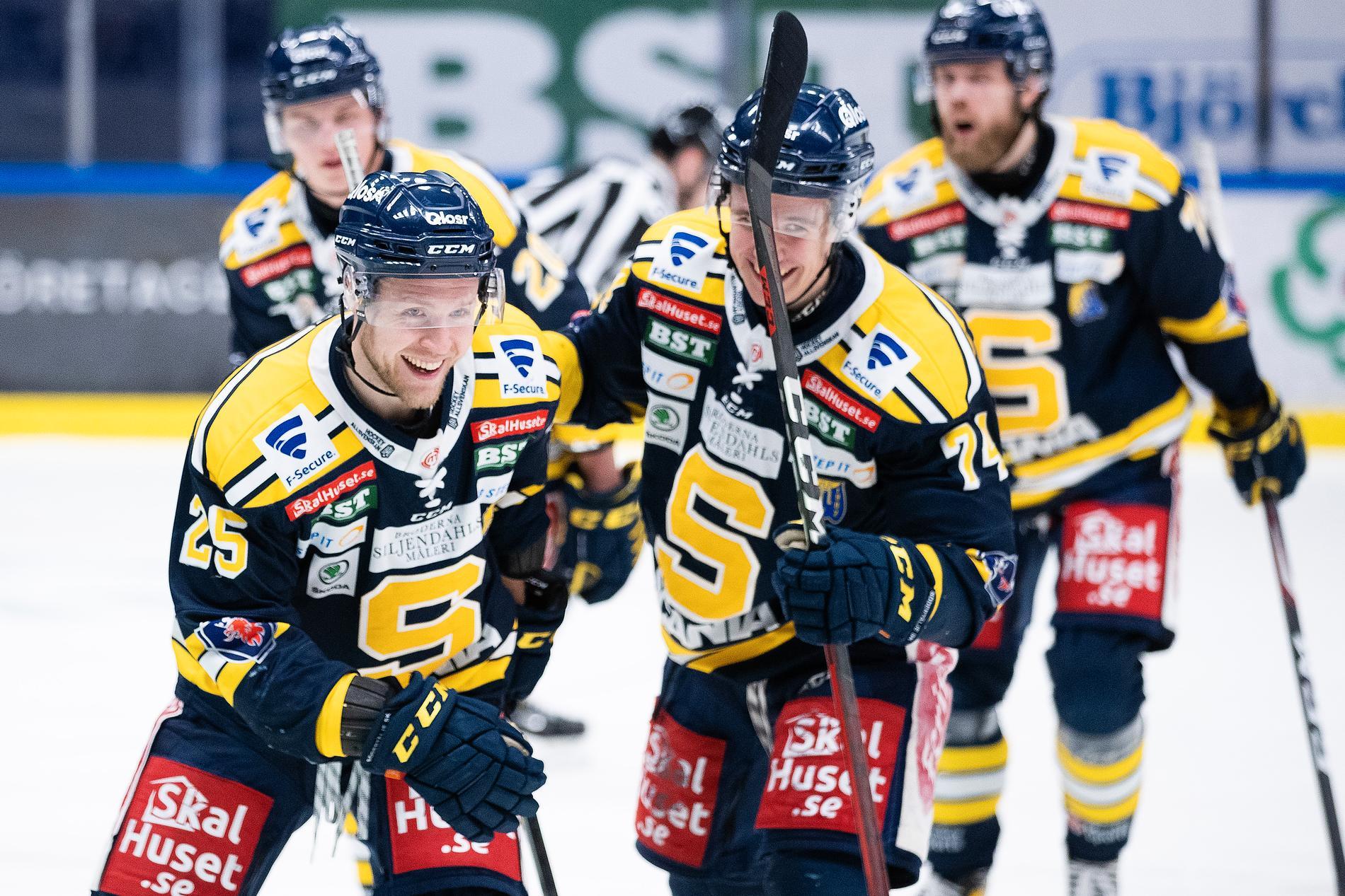 Södertälje leder kvartsfinalserien mot Västervik.