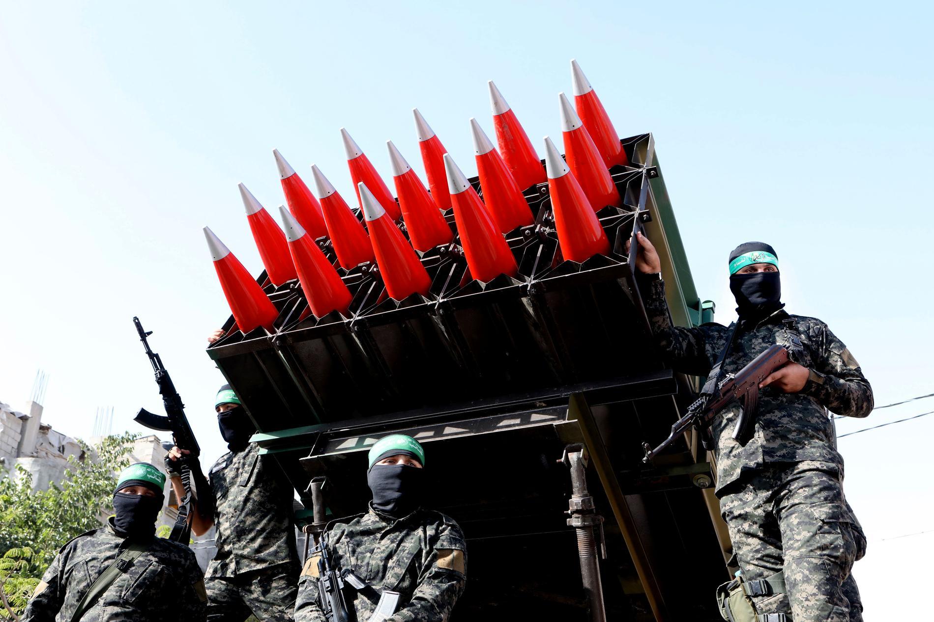 Mycket av Hamas vapenstyrka har tillverkats i underjordiska vapensmedjor