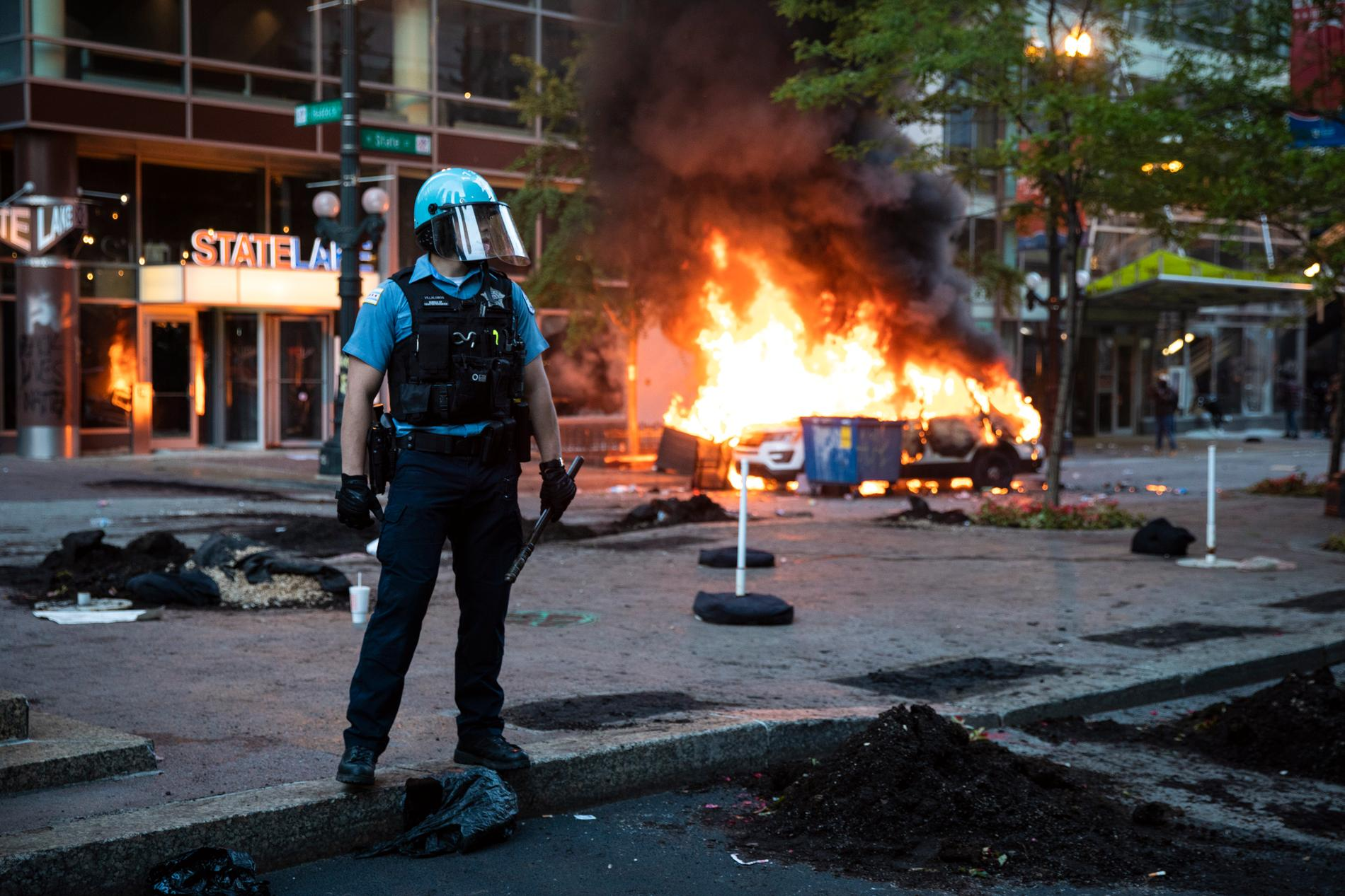 Polisbrand i brand i Chicago.