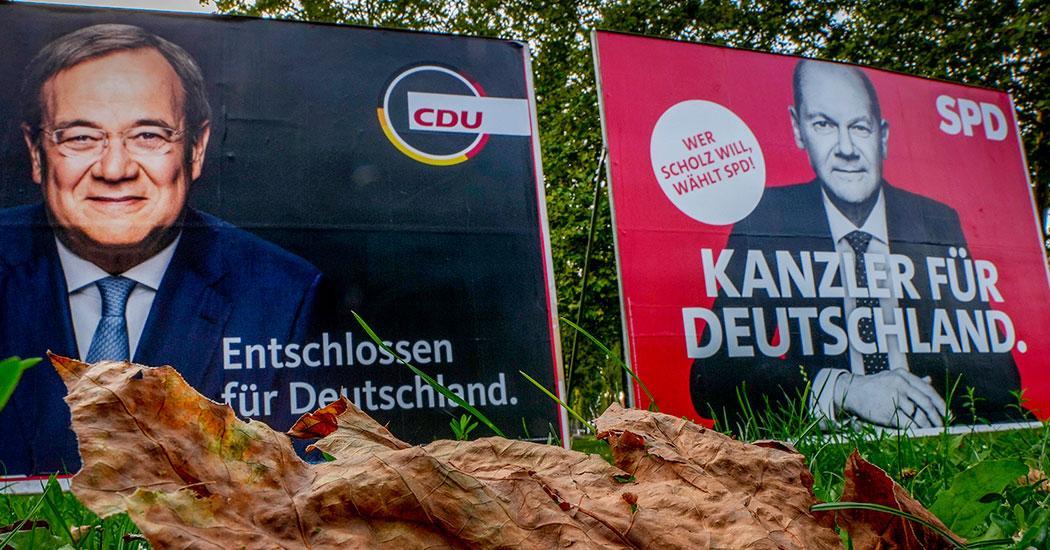 Vem tar över efter Merkel? Regerande Kristdemokraterna CDU:s kandidat Armin Laschet – eller Socialdemokraterna SPD:s Olaf Scholz.
