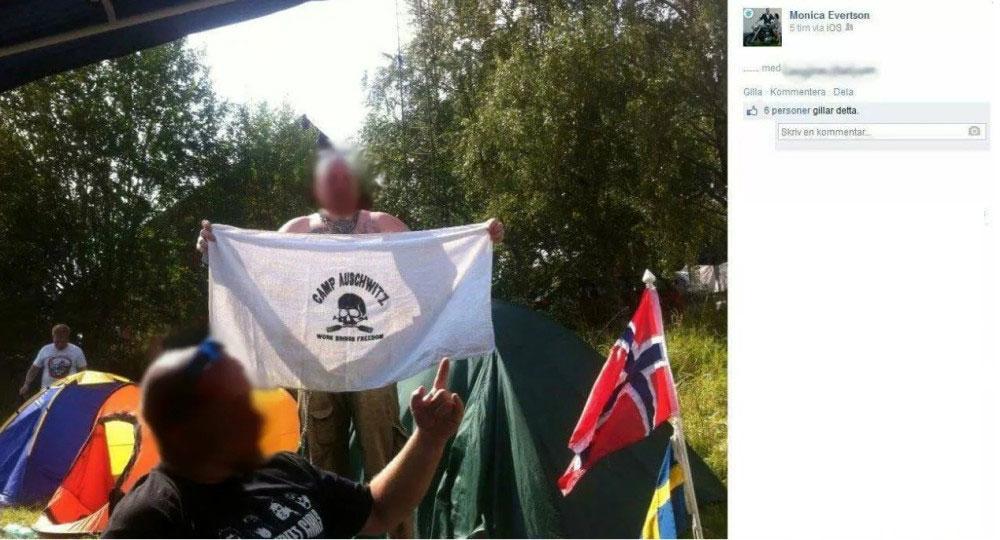 """Monica Evertson från SD i Sävsjö lade upp bilden på """"Camp Auschwitz"""" på Facebook."""