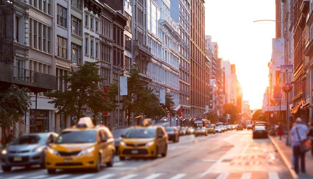 New York ligger överst på listan över långväga städer vi helst vill åka till i påsk.