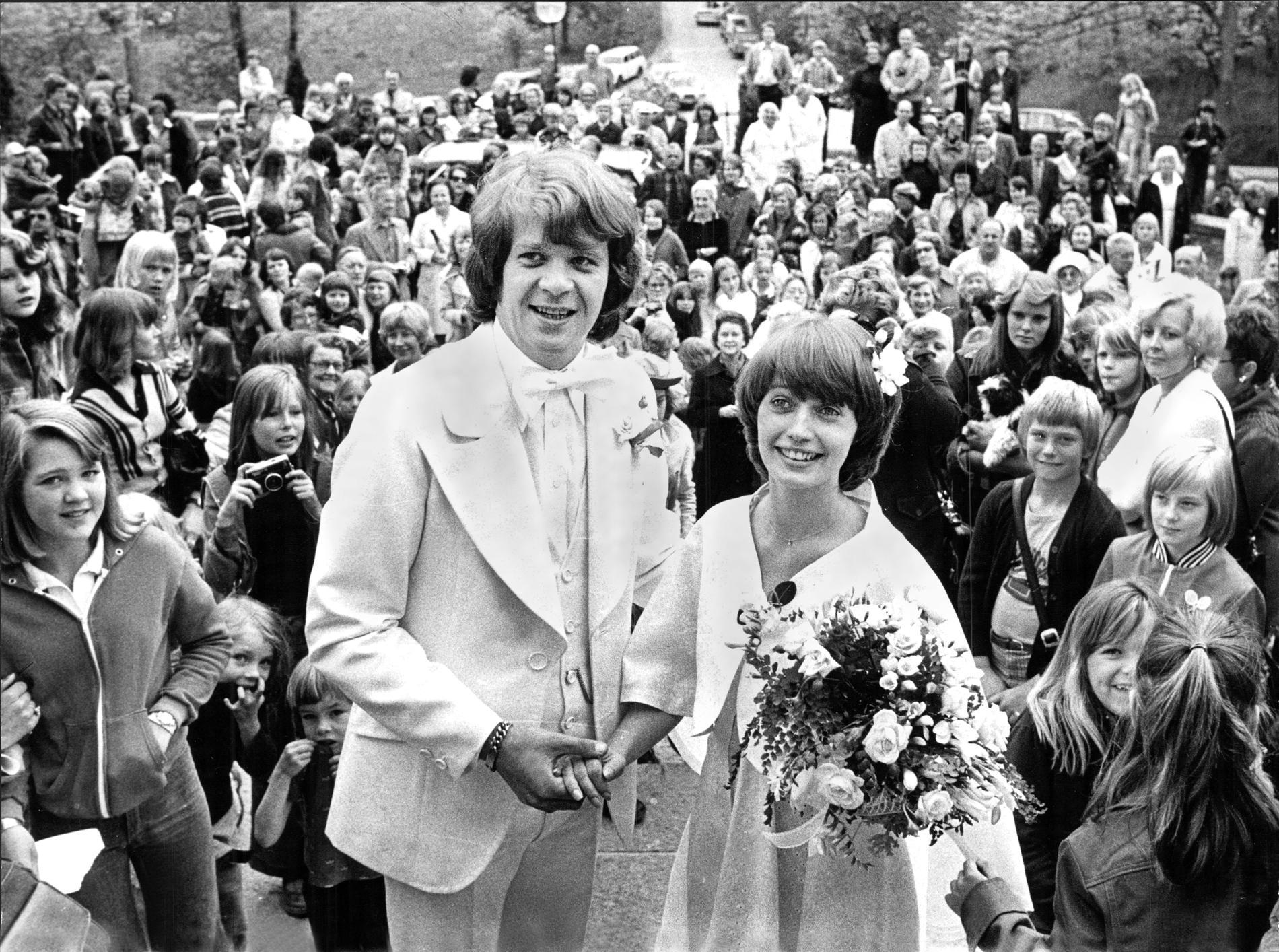 Lasse och Eva sa ja till varandra i Tyresö kyrka den 11 juni 1976.