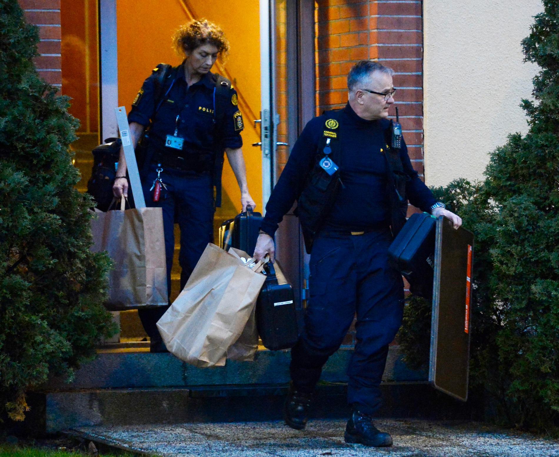 Polisen genomsökte den misstänkte 23-åringens lägenhet i mitten av maj.