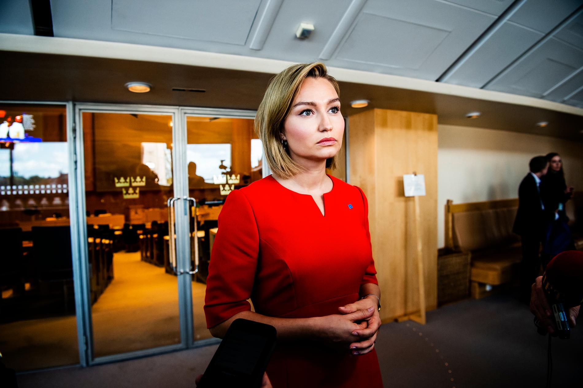 """Ebba Busch Thor var """"bestört"""" efter att hennes parti anklagats av C för att vackla i synen på alla människors lika värde."""