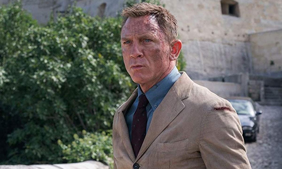 "Daniel Craig som Bond i ""No time to die""."