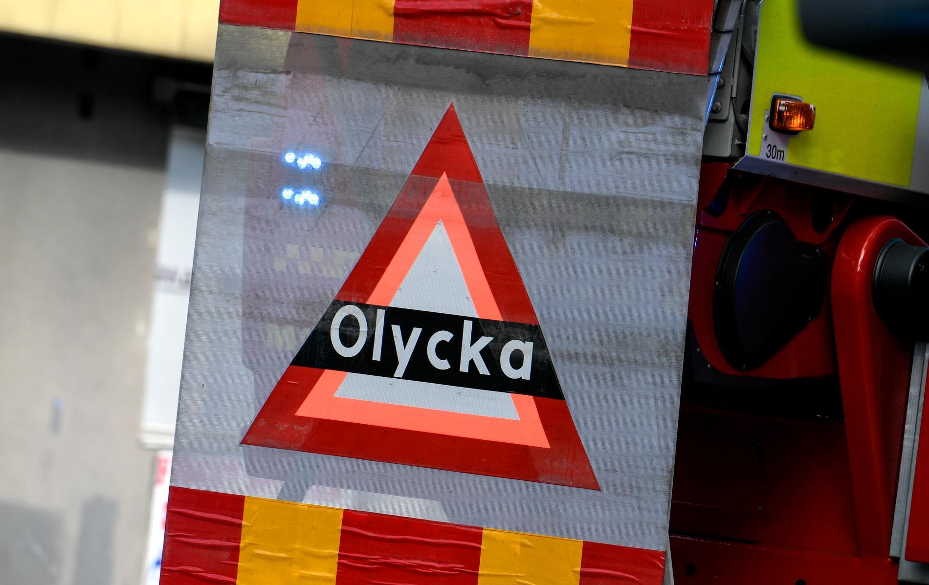 Fem unga personer har förts till sjukhus efter en våldsam olycka i Kramfors i natt. Arkivbild.