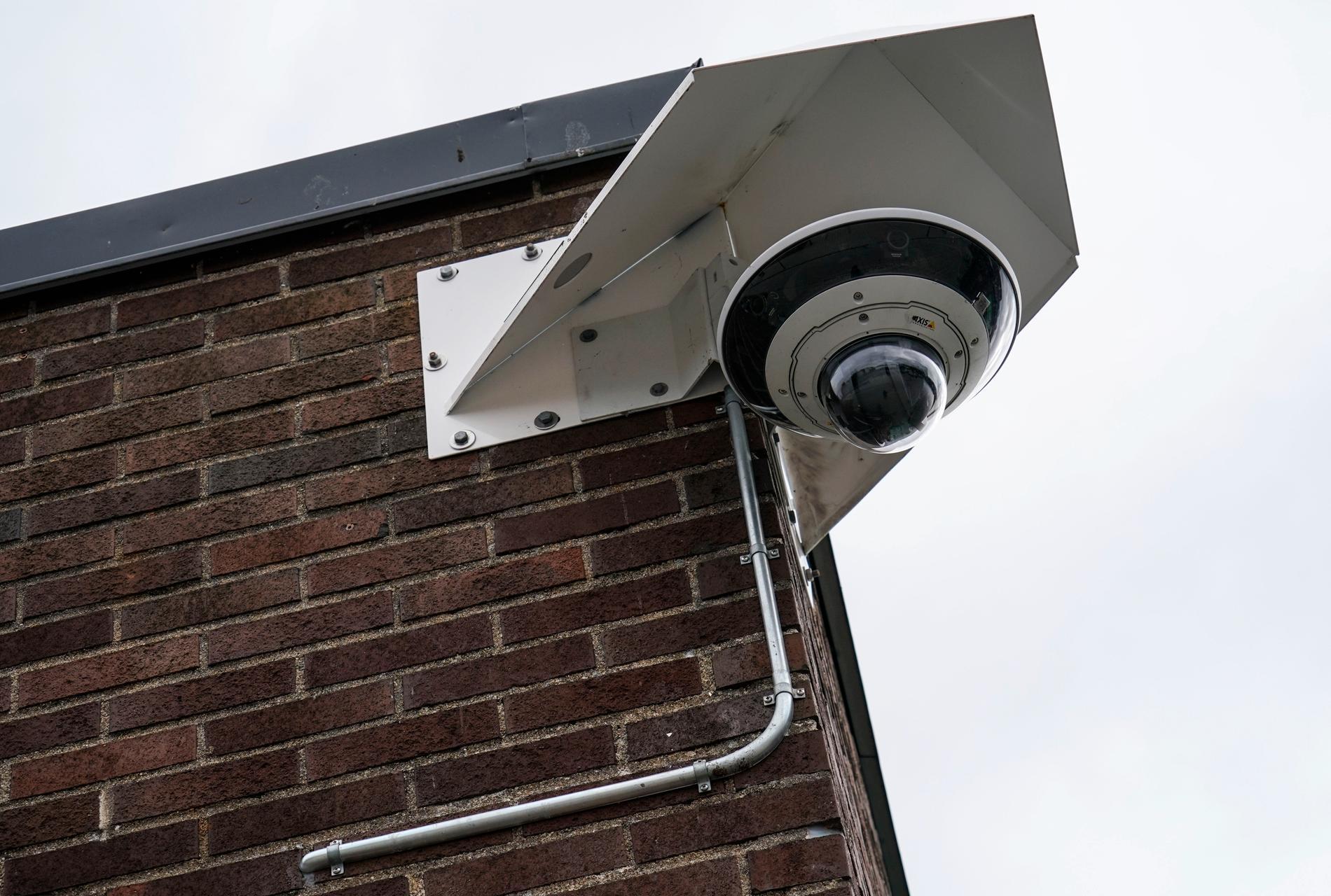 Övervakningskamera i Lindängens centrum, Malmö. Arkivbild.