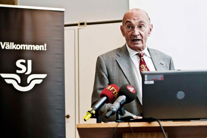 Ulf Adelsohn - ville bada i reaktor.