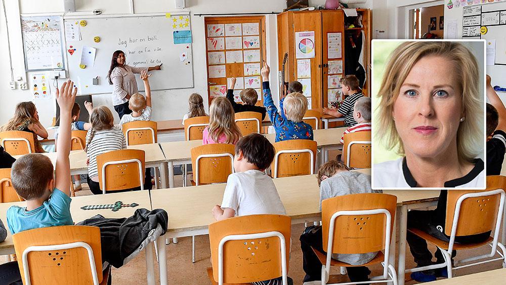 Vi befinner oss i ett läge där bristen på legitimerade lärare växer, samtidigt som en kraftig besparingsvåg sveper över Sveriges kommuner. Det är en katastrofal kombination, skriver Åsa Fahlén, ordförande Lärarnas Riksförbund.