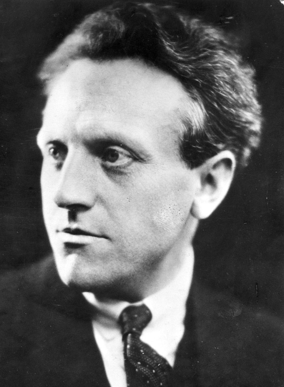 I år är det 100 år sedan Pär Lagerkvists (1891-1974) första diktsamling kom ut, och 40 år sedan han dog. Nu ges hans böcker ut på nytt.