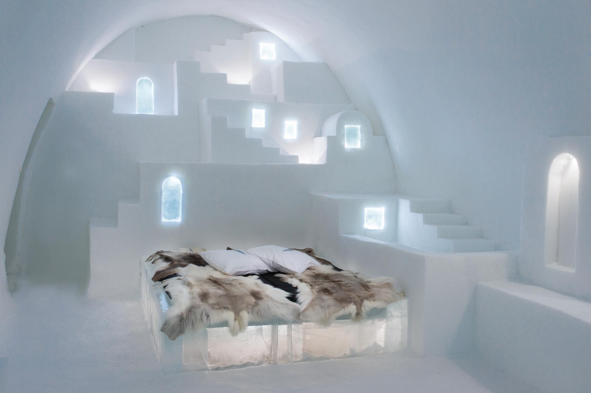 Ishotellet som byggs av is kan drabbas av klimatförändringar.
