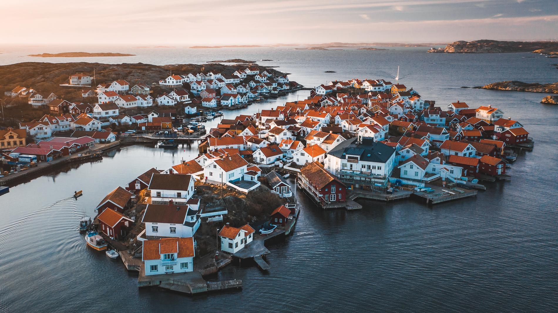 Det tidigare fiskesamhället Härmanö är idag ett naturreservat med kontraster i landskapet.