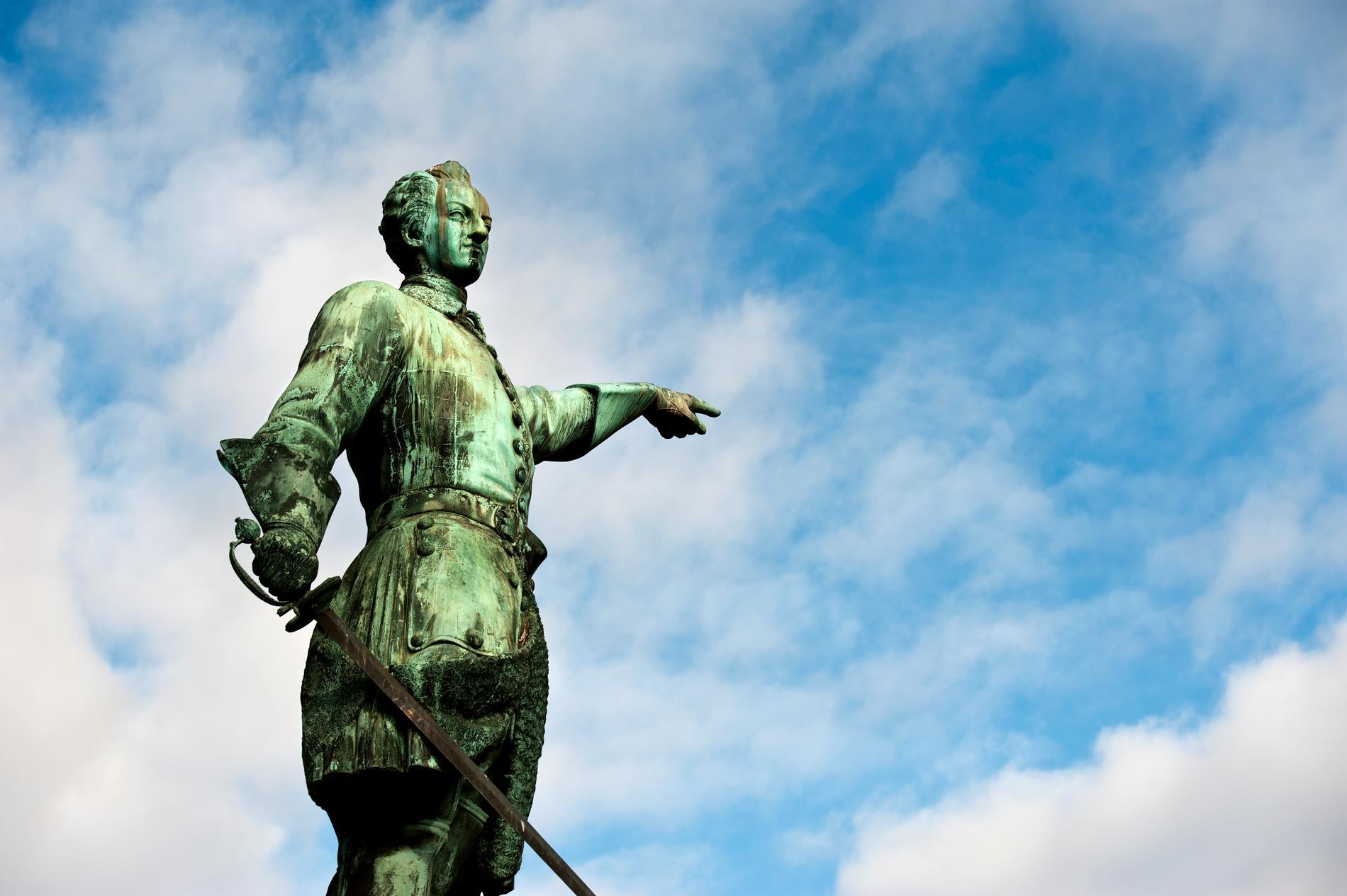 Karl XII:s staty i Kungsträdgården.