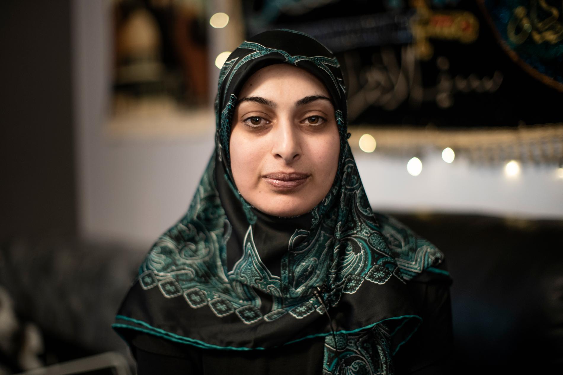 – De säger att det är en dålig skola, om en skola som barnen älskar, säger Amal Abdallah.